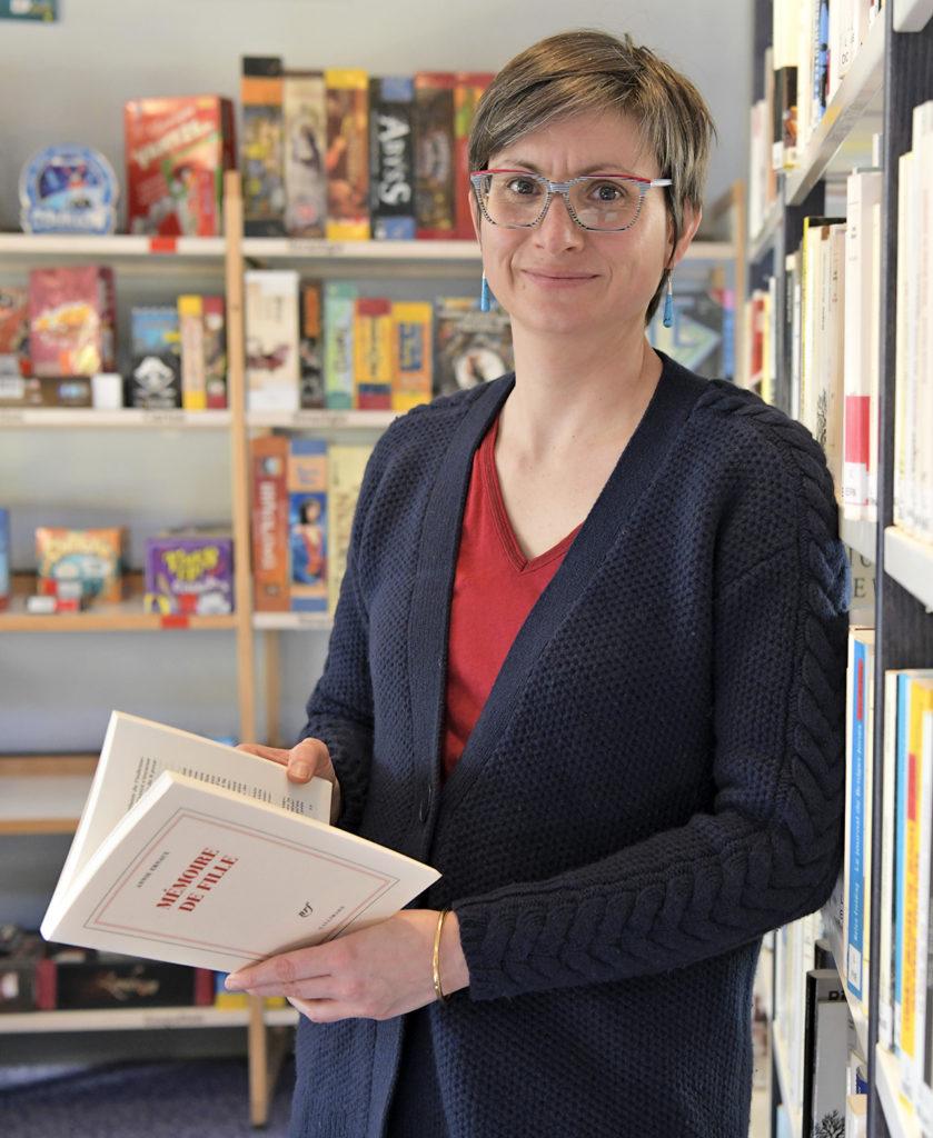 Photo de Céline Sinha, directrice du réseau lecture de Dieppe