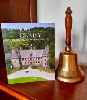 [Chronique] Cerisy, Un château, une aventure culturelle