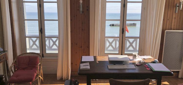 [Lieux] Arromanches-les-bains : Résidence avec vue
